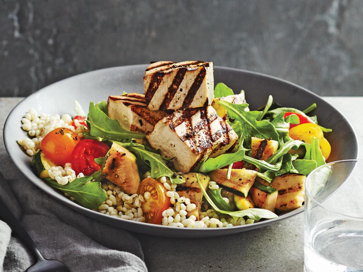 Dlaczego pomaga dieta wegetariańska ci schudnąć?