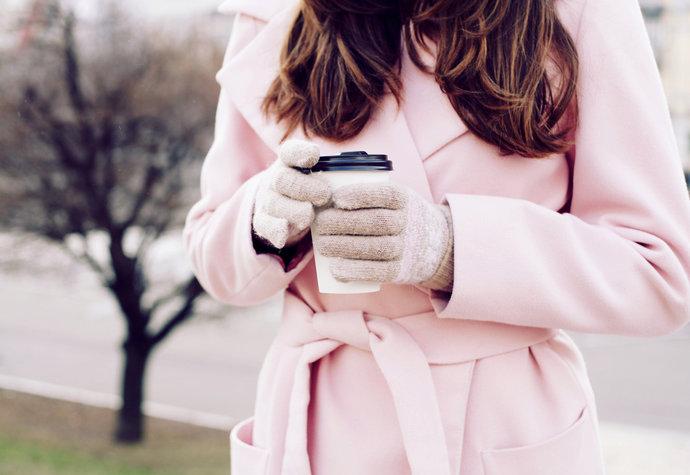 Jak zimą dbać o swoją skórę? Porady od specjalisty